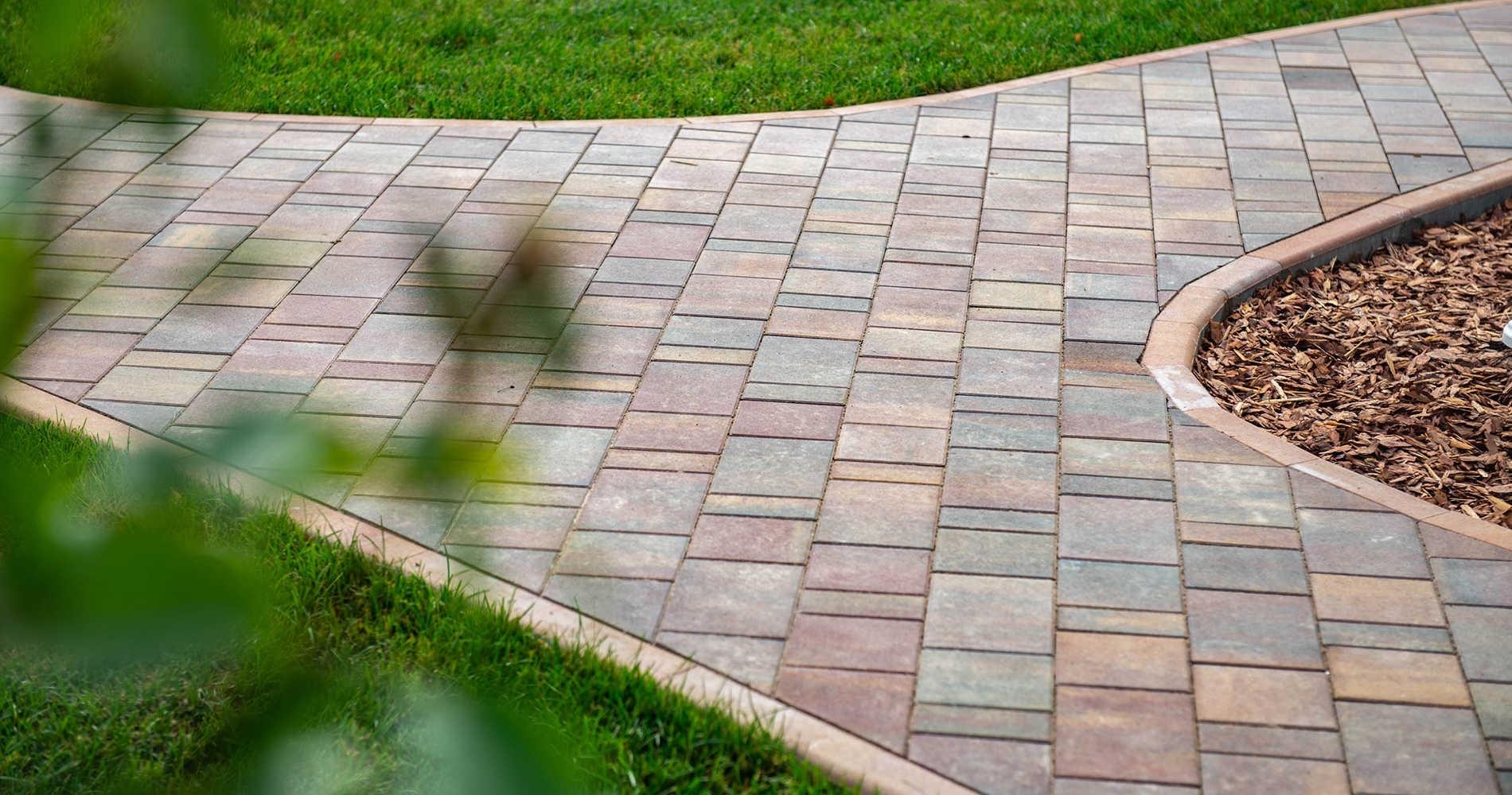 Преимущества тротуарных плиток