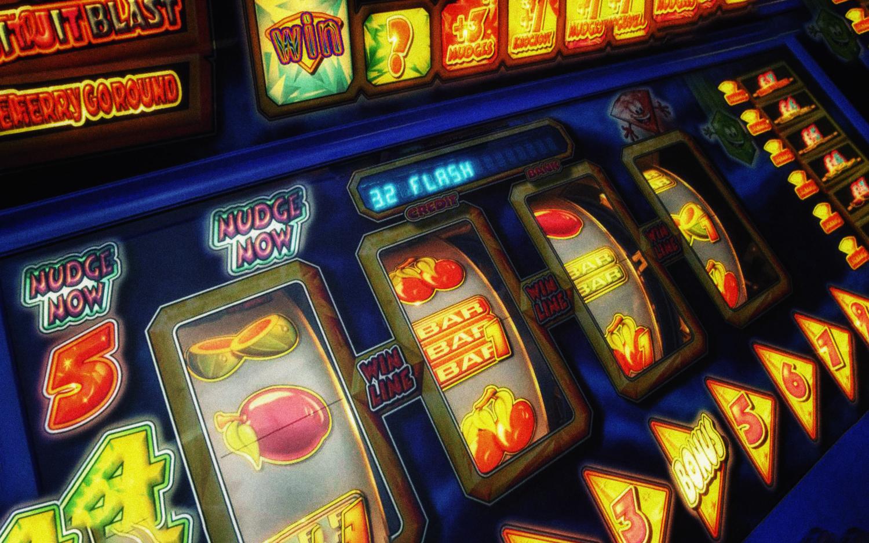 Преимущество игры в казино и игровых комнатах!