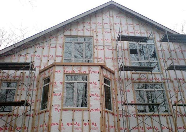 Деревянная обрешетка с утеплением фасада