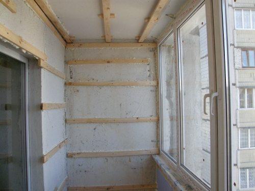 Отделка балкона сайдингом: от подготовки инструментов, до установки наличников